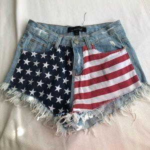 evenuel shorts